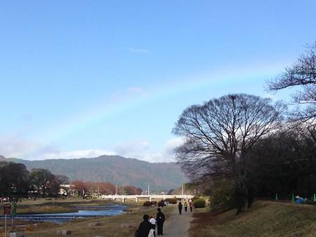 北山に架かる虹