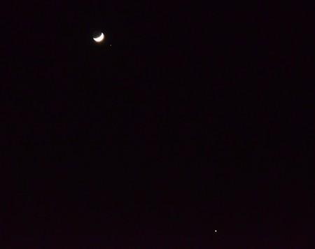 月と火星と金星