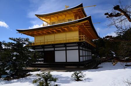 雪の中の金閣