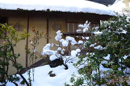 雪の夕佳亭