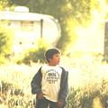 光の中の少年。。A