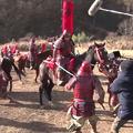 Photos: 加藤諒がアフラックの新CMで馬に跨り関ヶ原の戦いに参加!「不老不死の男・登場」篇のメイキング公開!