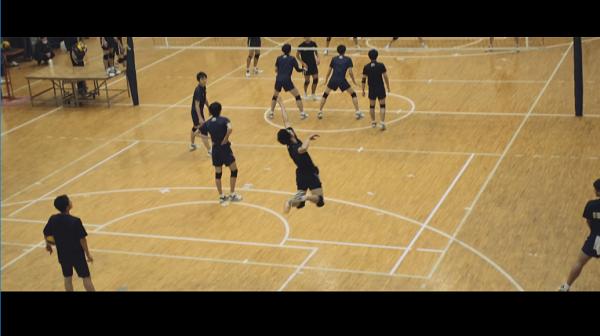 【男子バレー】石川祐希、中央大学男子バレーボール部「SIXPAD」CMで鍛えられた肉体美を披露!