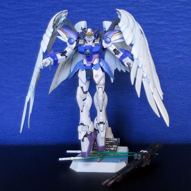 11 MG. Wing Gundam Zero EW  XXXG-00W0