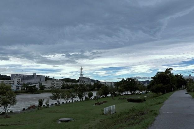 写真: 台風12号の朝.2