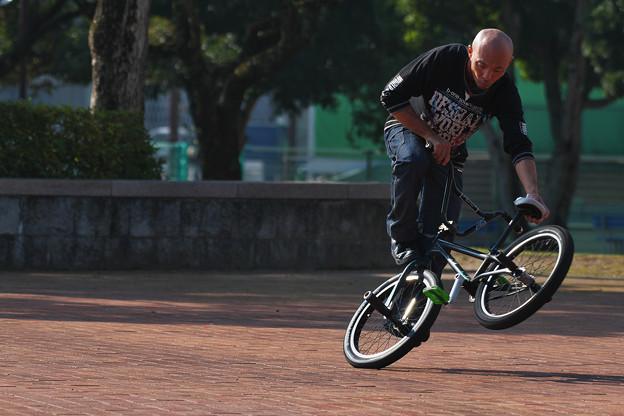 自転車曲乗り・7