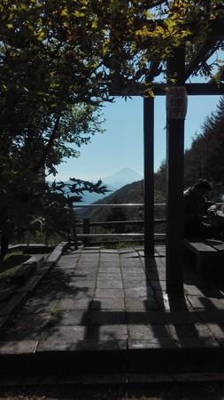 柳沢峠富士山