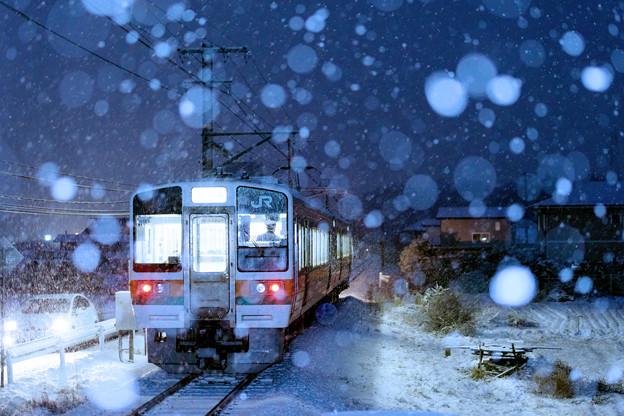 Photos: 初雪列車