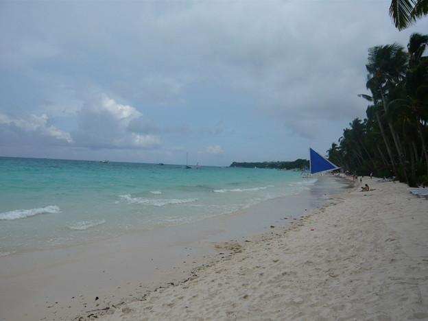 ホワイトビーチとヨット