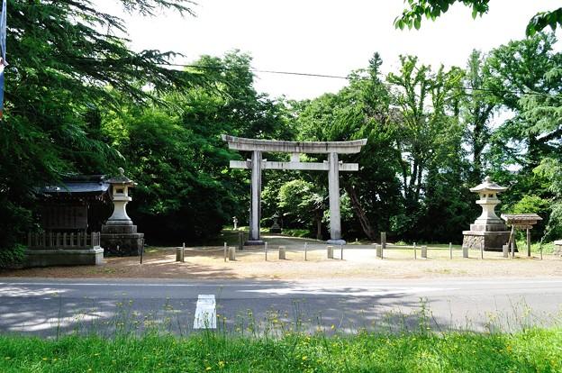 秋田県護国神社 01