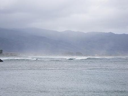 ノースショアの波