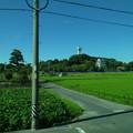 写真: 名鉄瀬戸瀬から見た城山公園・旭城 - 01