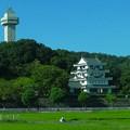 写真: 名鉄瀬戸瀬から見た城山公園・旭城 - 03