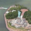 Photos: iOS 8:マップアプリ「Flyoverツアー」 - 03(ニューヨーク、自由の女神)