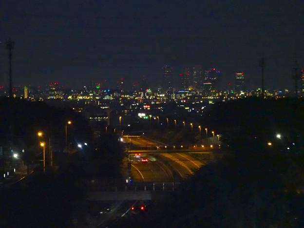 桃花台から見た、夜の小牧ジャンクションと名駅ビル群(2016年6月) - 1