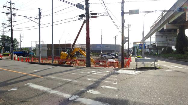 上末交差点のGSが閉店して、コンビニ建設中? - 3