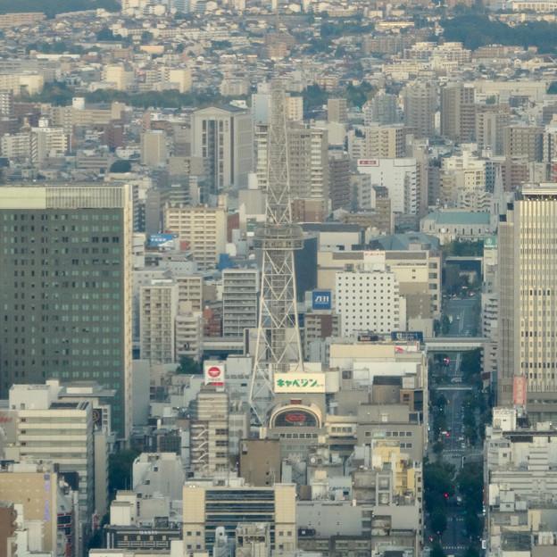 写真: ミッドランドスクエア「スカイプロムナード」から見た景色(夕方) - 35:名古屋テレビ塔