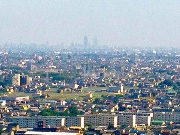 ツインアーチ138展望階から見た景色(2012年6月撮影)- 6:名駅ビル群