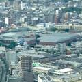 ミッドランドスクエア「スカイプロムナード」から見た景色:ルーセントタワー越しに見たトヨタ産業技術記念館(2012年9月) - 2