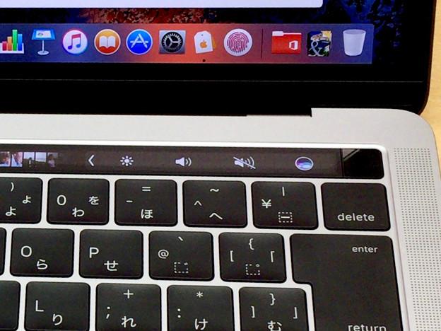 新MacBook Pro 13インチ Touch Bar搭載モデル - 12:Touch Bar(コントロールストリップ)
