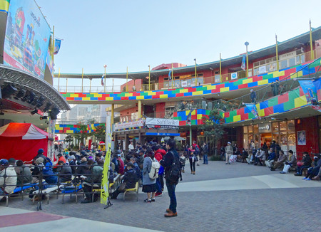 来年開業予定の「レゴランド」とコラボした、アスナル金山のクリスマス・デコレーション 2016 - 9