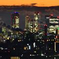 アピタ高蔵寺店屋上から見た景色(夕暮れ時) - 9:王子製紙の煙突越しに見えた名駅ビル群