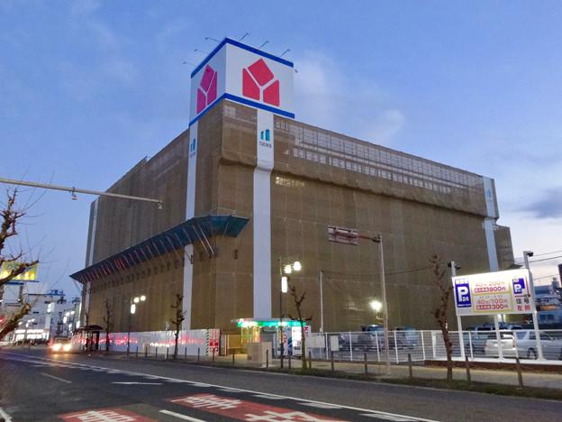 新しい建物の建設が始まってた、ヤマダ電機テックランド春日井店(2017年2月27日)- 3:屋上の巨大看板が復活
