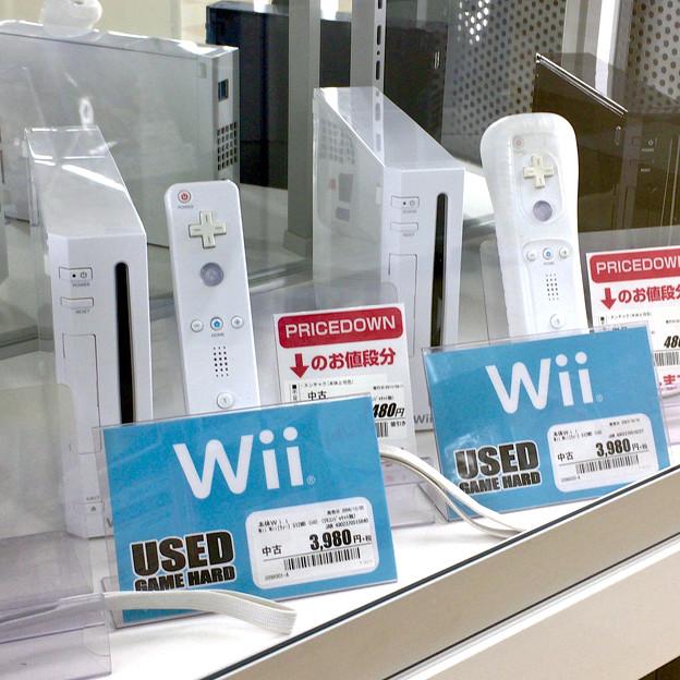 Wii中古価格 約4千円(2017年3月) - 1