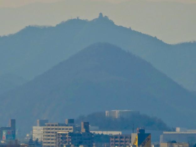 犬山城から見た金華山と岐阜城 - 11