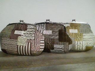 編み地のパッチワーク柄三色一個ずつ、全五個。 編み地柄のプリントな...