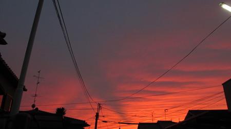 hiro 君のための 台風が接近する前の日の夕焼け
