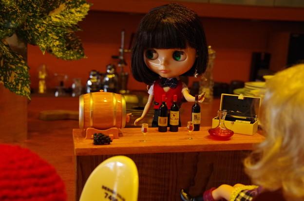 喫茶店でワインバー