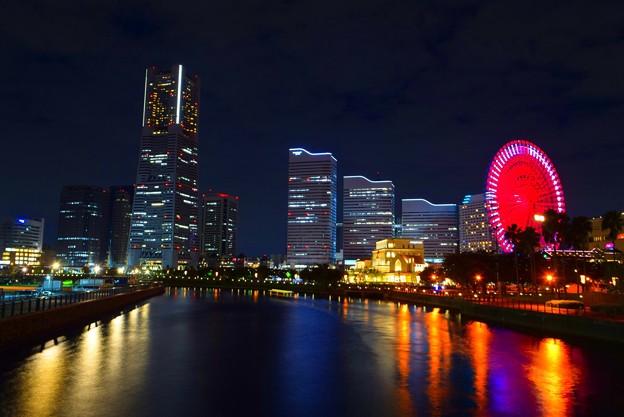万国橋からのみなとみらいの夜景 #横浜 #yokohama #mysky #コスモワールド #みなとみらい #観覧車 #ランドマークタワー #夜景 #nightview #夜景