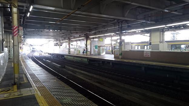 7-8番線ホームと9-10番線ホーム [JR 千葉駅]