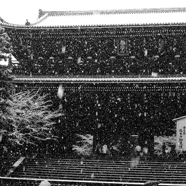 雪降る三門