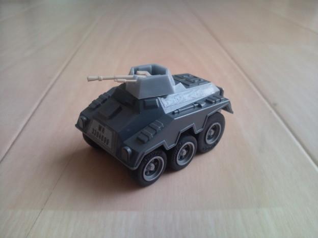 コンバットチョロQ C-18 プーマ装甲車(機関砲タイプ)