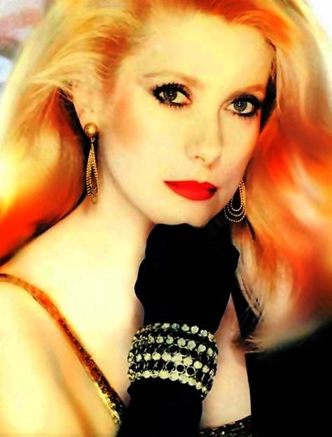 Photos: French Fairy Catherine Deneuve(70)
