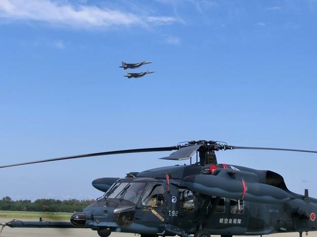 UH-60とF15