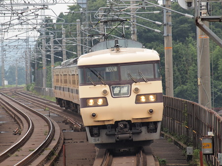 117系普通   湖西線志賀駅02