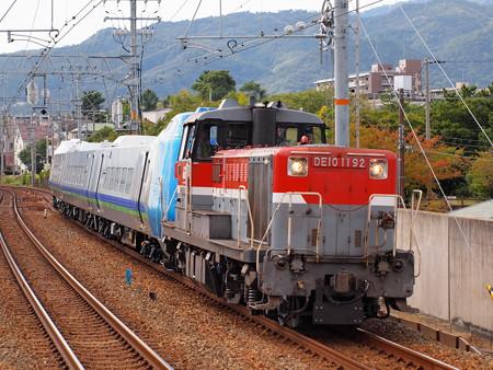 DE10 キハ285系甲種 東海道本線さくら夙川駅