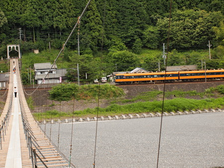 近鉄16000系普通  大井川鐵道塩郷駅周辺03