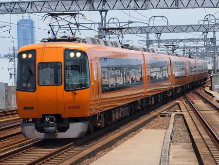 近鉄22000系名阪乙特急 近鉄名古屋線八田駅
