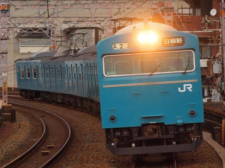 103系普通  阪和線美章園駅04