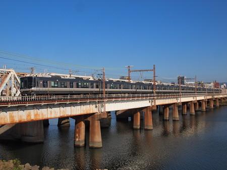 223系快速    東海道本線新大阪~大阪02