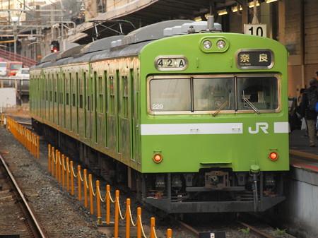 103系普通   奈良線京都駅01
