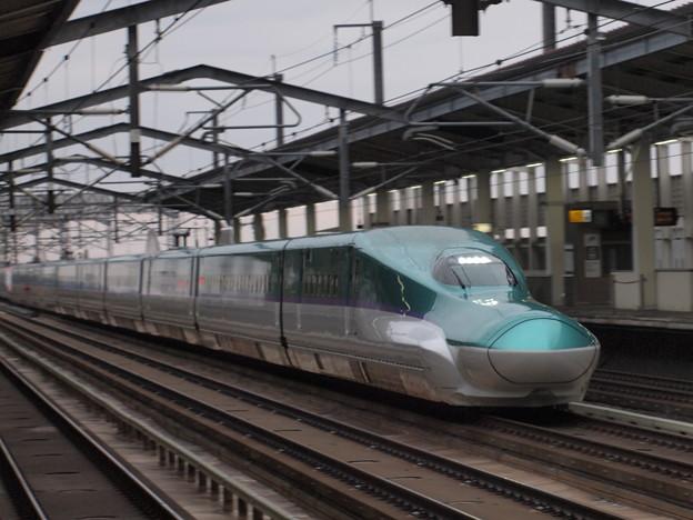 H5系はやぶさ 東北新幹線古川駅