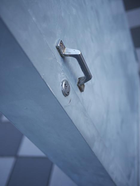 取っ手と鍵穴