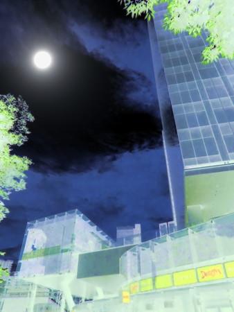 from 大崎駅_ThinkPark-00(疎外)