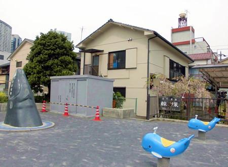 東品川_品川浦公園-鯨塚