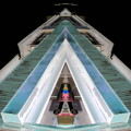 写真: modern pyramid of love-01